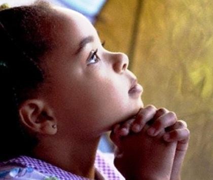 crianca_rezando2.jpg